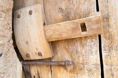 Oud houten deurslot Royalty-vrije Stock Afbeelding