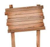 Oud houten teken dat met het knippen van weg wordt geïsoleerdr Stock Foto's