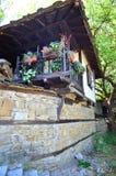 Oud huis, Bulgarije Stock Foto's
