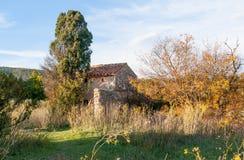 Oud huis in de Provence (zuiden van Frankrijk) royalty-vrije stock afbeelding