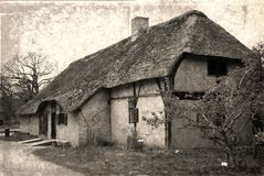 Oud huis in erfenispark Royalty-vrije Stock Foto's