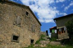 Oud huis in Gezoem in Istra stock afbeeldingen