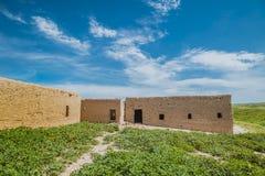 Oud huis in Iraaks platteland stock afbeeldingen
