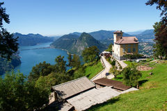 Oud huis in Monte Bre, Lugano Stock Foto