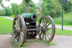 Oud kanon in de overzeese vesting van Suomenlinna Stock Afbeeldingen