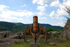 Oud kanon, pronkstuk Stock Foto's