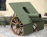 Oud Kanon van de Wereldoorlog I in Italië Stock Foto's