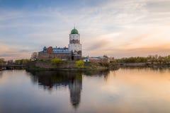 Oud kasteel een zonsondergang royalty-vrije stock afbeeldingen