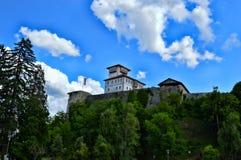 Oud kasteel op zijn plaats Gradacac, Bosnië-Herzegovina royalty-vrije stock afbeeldingen