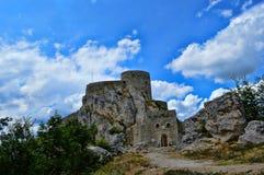 Oud kasteel op zijn plaats Srebrenik stock foto