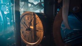 Oud Klokmechanisme binnen van een Toren stock footage
