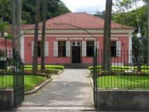 Oud koloniaal huis royalty-vrije stock fotografie
