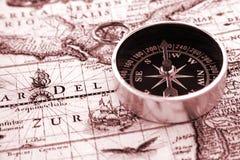 Oud kompas stock afbeelding