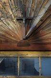 Oud kruis op muur Stock Foto