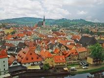 Oud Krumlov-stadslandschap van de binnenstad van een opgeheven punt in kasteel royalty-vrije stock afbeelding