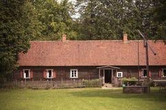 Oud landbouwgrondhuis, typisch voor Suvalkija-gebied, Litouwen Royalty-vrije Stock Afbeeldingen
