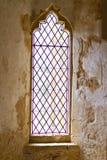 Oud leaded abdijvenster Stock Afbeeldingen