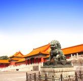 Oud leeuwstandbeeld, Verboden Stad, Peking, China Stock Fotografie