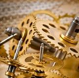 Oud mechanisch kloktoestel Royalty-vrije Stock Afbeeldingen