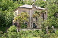 Oud mediterraan huis Stock Afbeeldingen