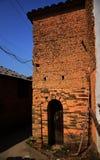 Oud modderhuis in China Stock Afbeeldingen
