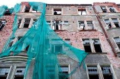Oud mooi dilapidated huis in Vyborg, Rusland Royalty-vrije Stock Afbeeldingen