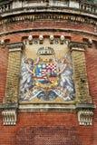 Oud mozaïekwapenschild van Koninkrijk van Hongarije in Boedapest stock afbeeldingen