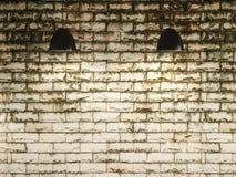 Oud muur en lamp binnenlands ontwerp, het 3d teruggeven royalty-vrije stock fotografie