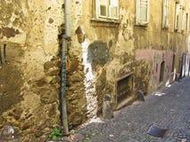 Oud muur en venster ljubljana stock fotografie