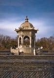 Oud Paviljoen en Labyrint Royalty-vrije Stock Fotografie