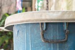 Oud plastic afval met barst Stock Afbeeldingen