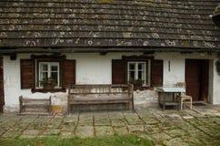 Oud Plattelandshuisje Stock Foto's