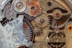 Oud roestig horloge stock afbeelding