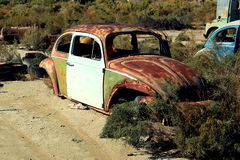Oud roestig Volkswagen royalty-vrije stock afbeeldingen