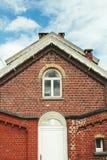 Oud rood baksteenhuis in België Royalty-vrije Stock Afbeelding