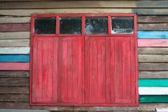 Oud rood venster Royalty-vrije Stock Afbeeldingen