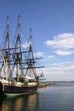 Oud schip bij dok Stock Foto