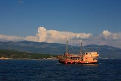 Oud schip op Adriatic royalty-vrije stock foto