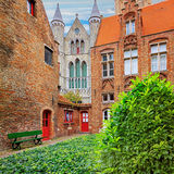 Oud Sint Janshospitaal και εκκλησία της κυρίας μας Στοκ εικόνες με δικαίωμα ελεύθερης χρήσης
