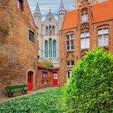 Oud Sint Janshospitaal et église de notre Madame Images libres de droits