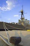 Oud Slagschip dat aan Pijler wordt gebonden Stock Afbeeldingen