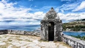 Oud Spaans Fort die de oceaan in Guam overzien Royalty-vrije Stock Afbeeldingen