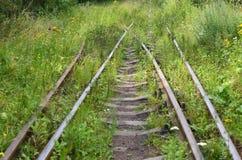 Oud spoorwegspoor stock afbeeldingen