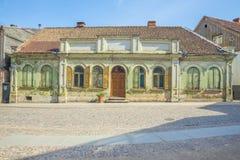 Oud stadscentrum in Kuldiga, Letland royalty-vrije stock fotografie