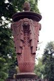 Oud standbeeld op graf in de Lychakivskyj-begraafplaats van Lviv, Ukrain Royalty-vrije Stock Foto
