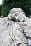 Oud standbeeld op graf in de Lychakivskyj-begraafplaats van Lviv, Ukrain Stock Foto
