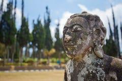 Oud standbeeld van de mythologie van Bali royalty-vrije stock fotografie