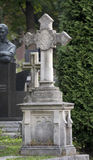 Oud steencijfer aangaande cementery royalty-vrije stock fotografie