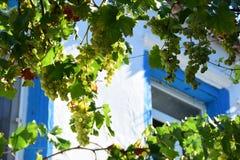 Oud straat en huis in Alacati Landgoed, creativiteit, Ä°zmir Turkije stock afbeeldingen
