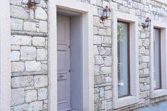 Oud straat en huis in Alacati Landgoed, creativiteit, Ä°zmir Turkije royalty-vrije stock afbeeldingen